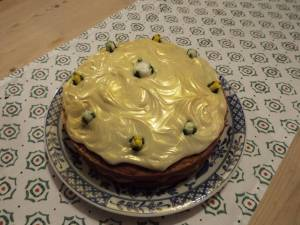 christmas-cottage-cake
